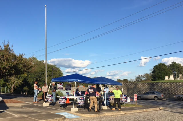 2-bladen-county-first-day-of-early-voting-in-primary-2016
