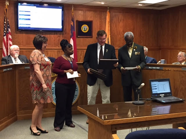 bladen-county-commissioners-recognize-employees-in-october-2016-1