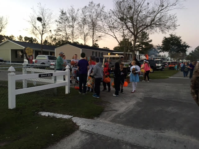camp-clearwater-at-white-lake-2016-in-october-trick-or-treat-3